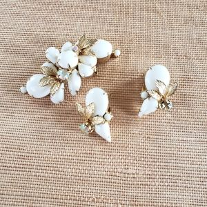 Glam Vintage Brooch and Earring Set